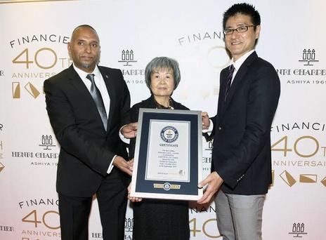 アンリ・シャルパンティエのフィナンシェ販売個数が、ギネス世界記録™に認定されました。