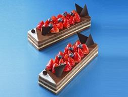 フルーツとチョコレートで表現された鮮やかな鯉のぼりアンリ・シャルパンティエの「タンゴ」が今年も発売